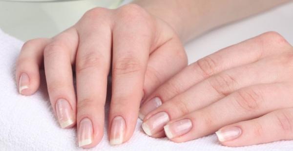 Уход за ломкими и слоящимися ногтями
