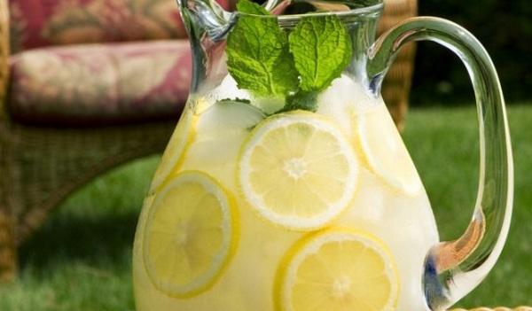 Лимонад с медом и мятой
