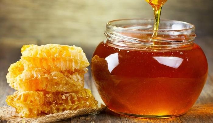 О целебных свойствах меда знает каждый