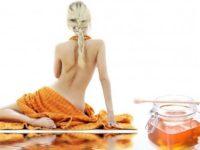 медовый массаж отлично разгладит подкожные уплотнения